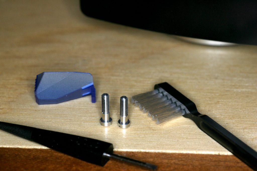2m blue accessories